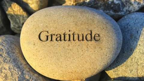 Teenage gratitude = more happiness & hope, less drug abuse and depression